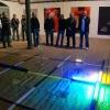Kaszárnya-Kultúrpark, Rovás-kiállítás, 2010. 11. 18. Tóth Jóska képei előtt. Oravec installációja mögött