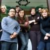 A 2009-es szeminárium résztvevői (előtérben egy Fülöp-szigeteki fordítóval, aki épp a ház vendége volt): (balról) Deák Renáta, Vlado Janček író, Eva Andrejčáková, Jitka Rožňová, György Norbert író, Gabriela Magová