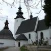 Kostol Všetkých svätých v Bijacovciach a rotunda pri ňom