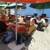 Kávézás Segesvár történelmi főterén