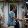 Tornay Krisztina (balról) ismertette meg a Rovást a Moldvai Csángómagyar Szövetség munkájával