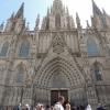 Eslesia: 1298 és 1450 között épült a tiszta katalán gótika jegyeit hordozó Barcelona Katedrális. Teljes befejezése mégis csak a 20. sz. elején történt.